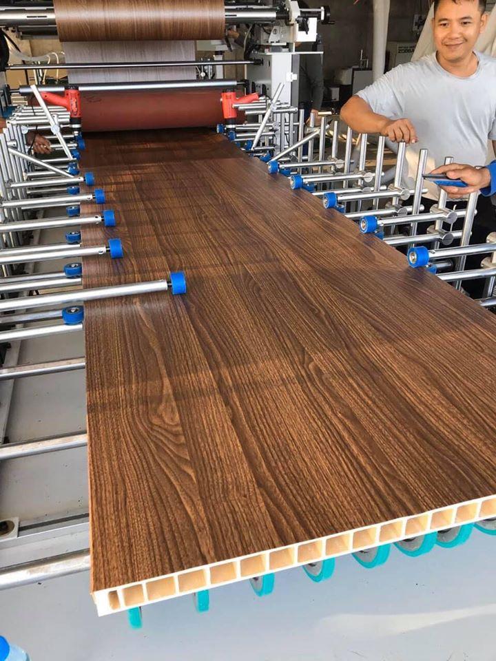 Giá cửa nhựa gỗ composite Tại Tp Đà Lạt: